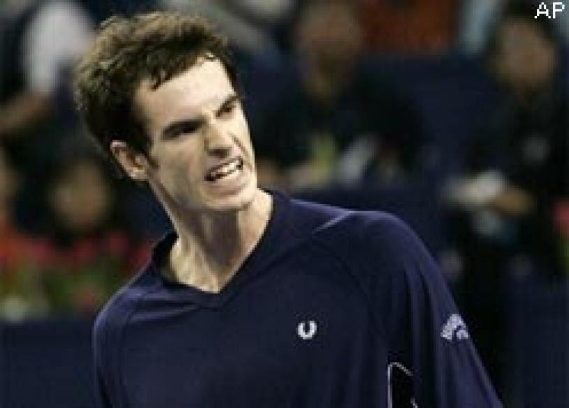 Murray knocks Federer out of Masters Cup