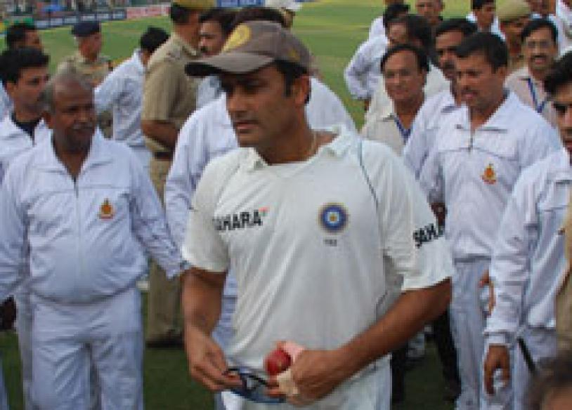 619: India's greatest bowler ever, bids adieu