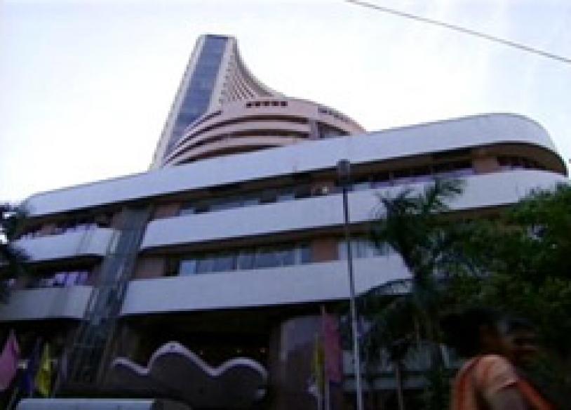 Markets choppy; Nifty hovering @ 2800