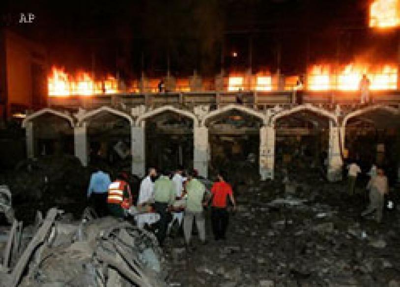 Pakistan unsafe: Dhoni, Tendulkar tell Board