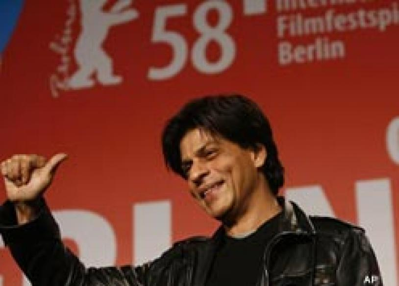 Shah Rukh turns 43 | <a href='http://ibnlive.in.com/conversations/thread/77881.html'>Wish him</a> | <a href='http://features.ibnlive.in.com/packages/happy-birthday-shah-rukh.php'>Gift a bouquet</a>