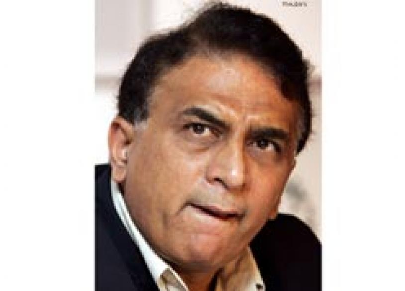 Cricket war: Ponting writes, Gavaskar writhes