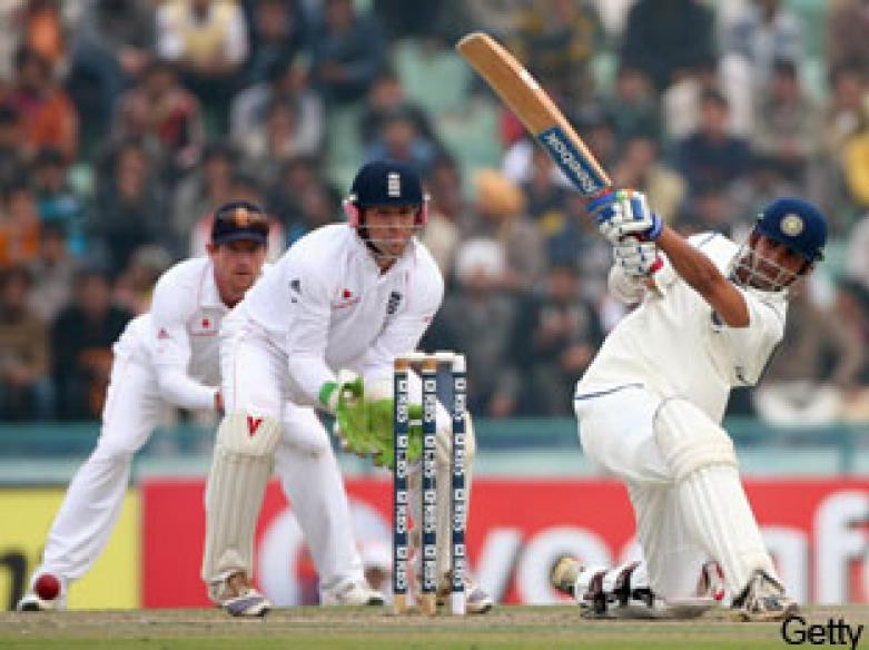<a href='http://cricketnext.in.com/news/thick-fog-delays-start-of-play-once-again/36897-13.html'>India win series after dull draw in Mohali</a> | <a href='http://cricketnext.in.com/scorecard/match/inent212192008.html'>Full scorecard</a>