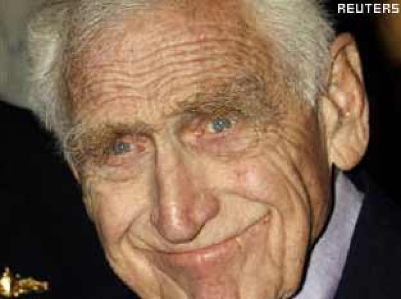 Veteran character actor James Whitmore dies at 87 - News18 James Whitmore Planet Of The Apes