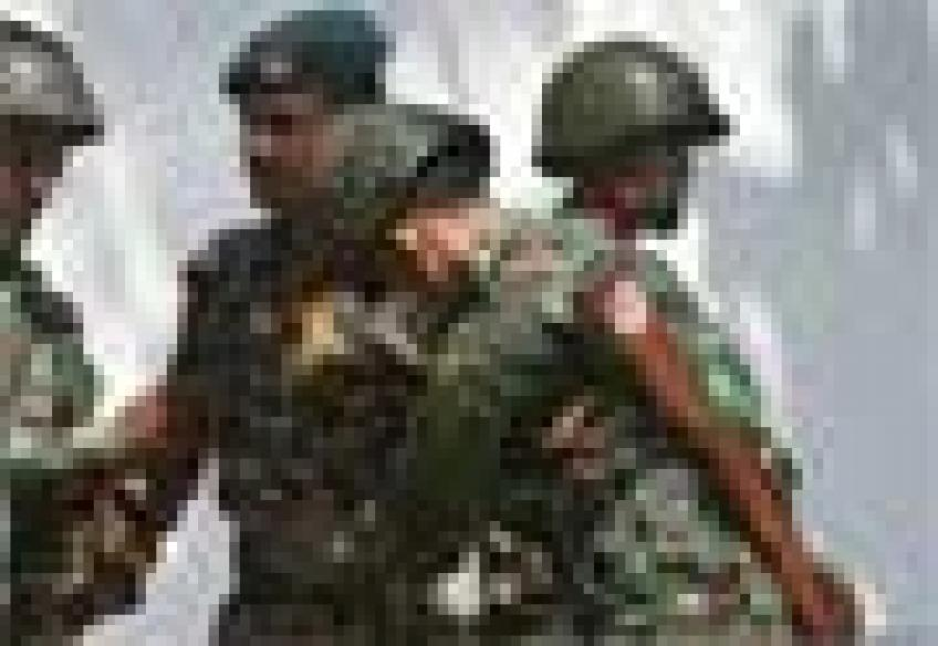 Bangladesh mutiny: Video shows outsiders killing officers