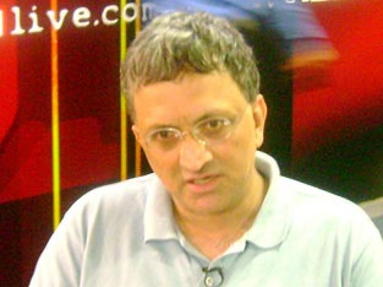 Ramachandra Guha signs 7-book deal for Rs 97 lakh