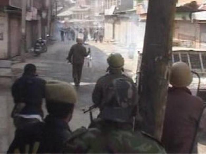 Srinagar: 1 killed, 6 injured as protest turns violent