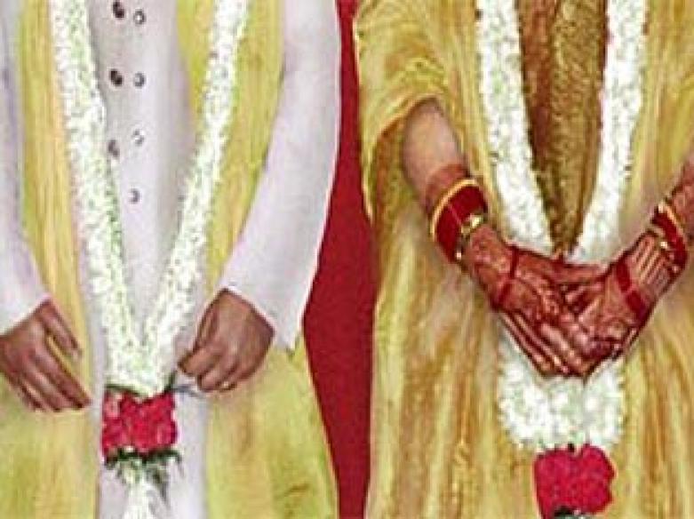 NRI grooms lose in recession, Indian grooms gain