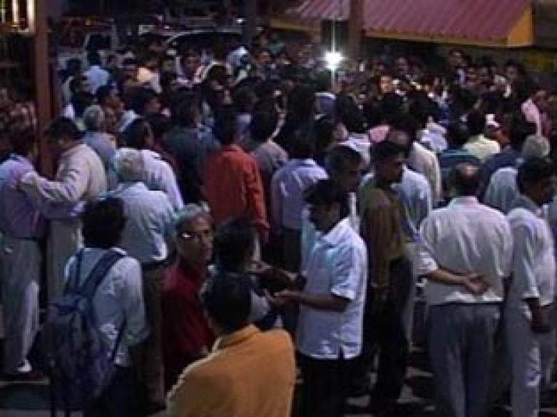 Unidentified men open fire outside Noida hospital