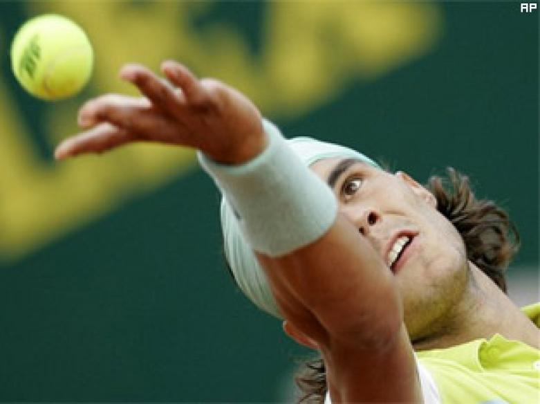 Nadal sets up semi-final clash with Murray