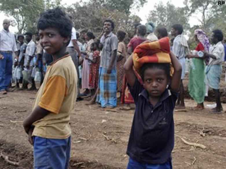 Sri Lanka, LTTE locked in war till the end