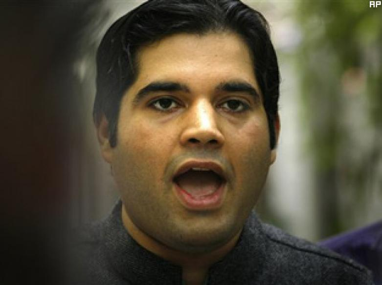 Varun promises SC he won't give hate speech
