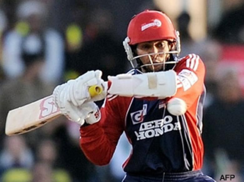 <a href='http://cricketnext.in.com/news/deccan-chargers-elect-to-field/41089-27.html'>IPL: Gilchrist fires Deccan into IPL final</a> | <a href='http://cricketnext.in.com/scorecard/match/full/dddc2205.html'>Scorecard</a>