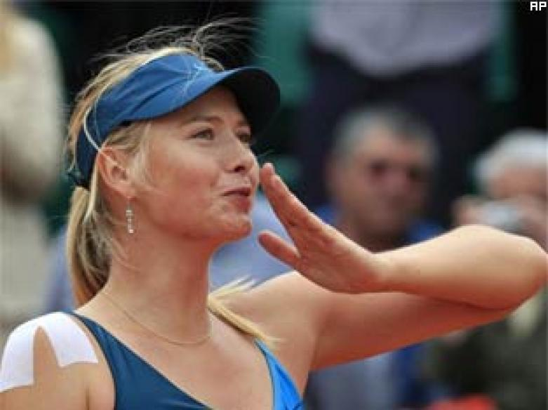French Open: Sharapova, Nadal advance; Safin loses
