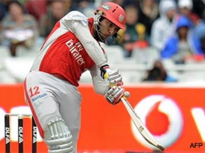 <a href='http://cricketnext.in.com/news/jayawardene-out-as-kings-xi-elect-to-bat/40807-27.html'>IPL: Blazing Bravo sinks Kings XI</a> | <a href='http://cricketnext.in.com/scorecard/match/full/mikp1205.html'>Live score</a>