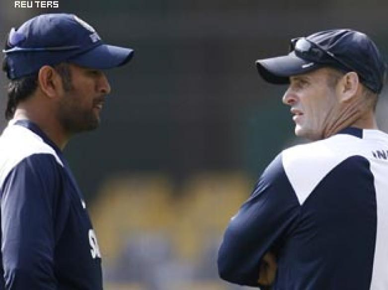 Fighting fit? Dhoni, coach disagree over T20 exit