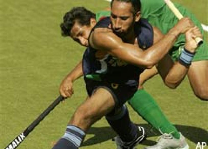 Indian hockey gets new federation after warning