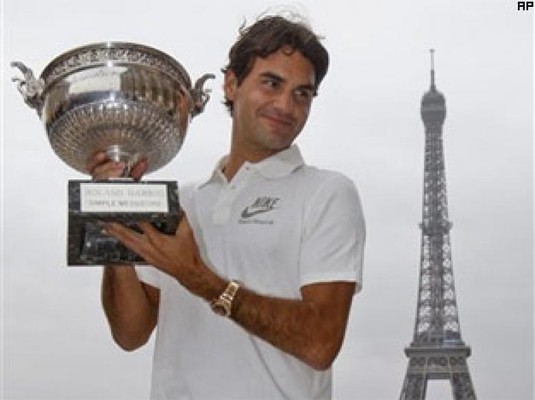 Federer joins the greatest-ever sportsmen club