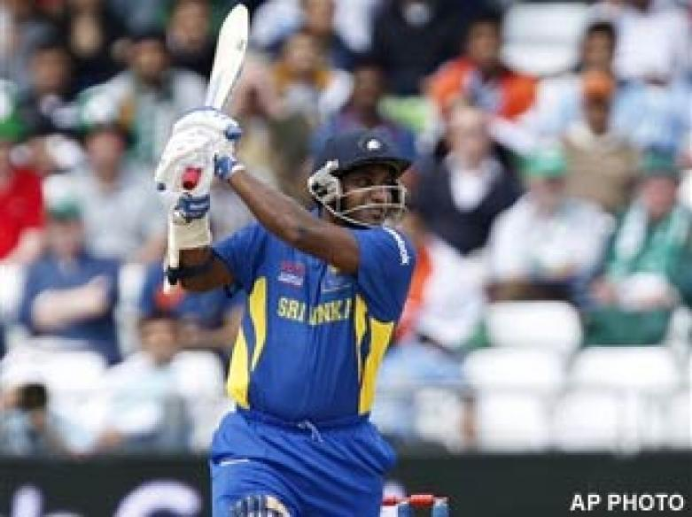 <a href='http://cricketnext.in.com/news/lanka-off-to-flier-after-electing-to-bat/41659-29.html'>T20: Sri Lanka beat Pakistan by 19 runs</a> | <a href='http://cricketnext.in.com/scorecard/match/full/pksl1206.html'>Scorecard</a>