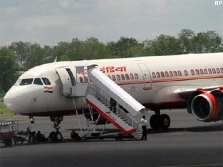 Govt to shed stake in Air India, get new CEO