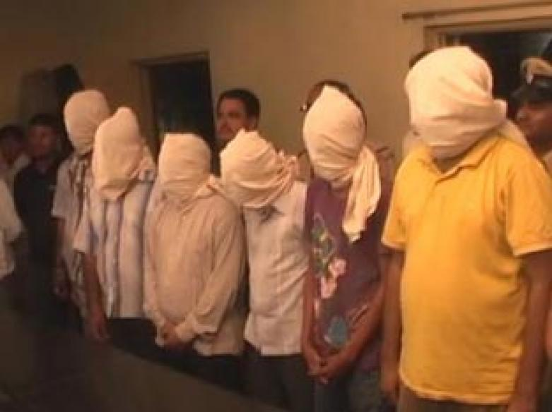 Six held for kidnapping, gangraping girl in Gujarat