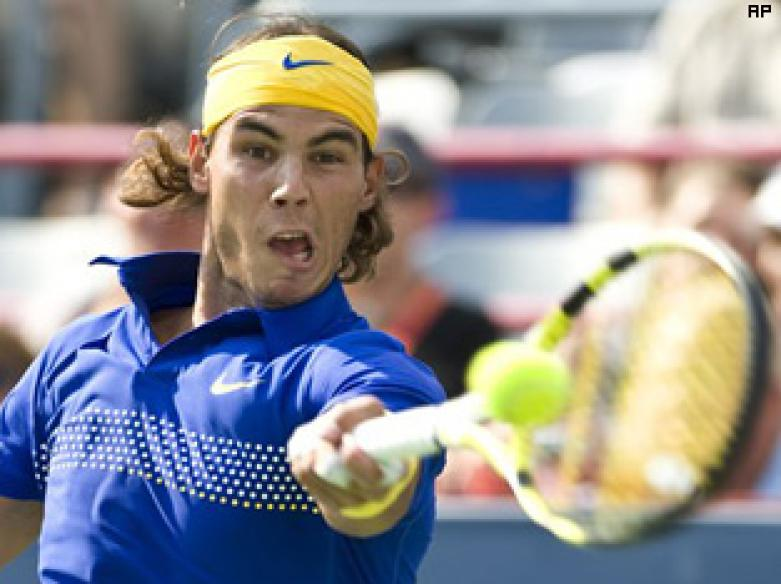 Nadal's sore knees survive 1st test at Rogers Cup
