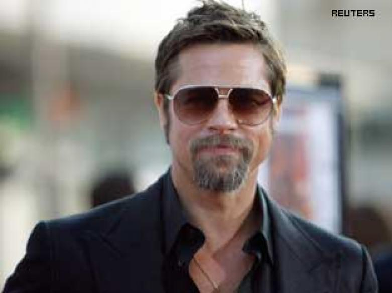 Brad Pitt in talks for <i>Sherlock Holmes</i> sequel