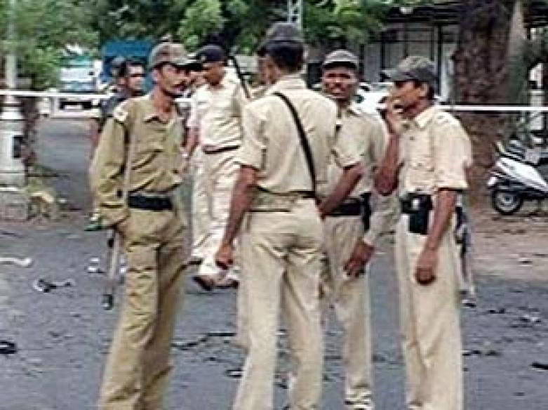 Serial hoax caller held in Delhi; called for 'thrills'