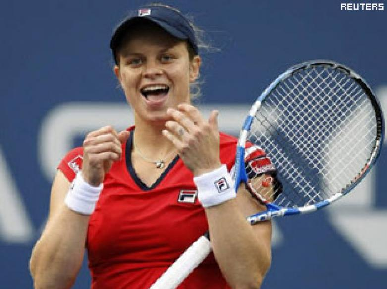 Clijsters back in grand fashion, Nadal wins