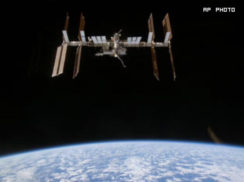NASA launches rocket, dozens report strange lights