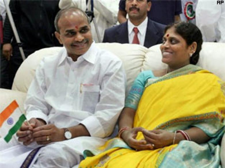 Andhra Pradesh mourns death of YSR