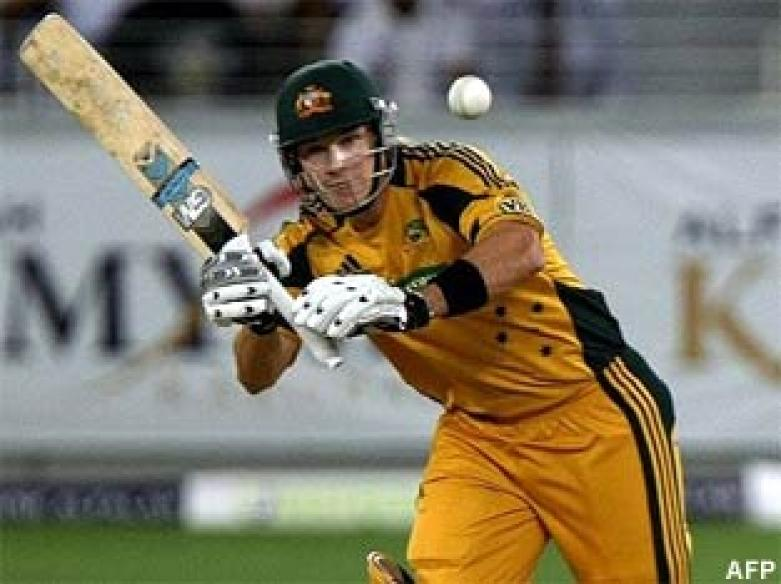 <a href='http://cricketnext.in.com/news/australia-elect-to-bat-as-manou-makes-debut/44843-32.html'>Hussey fifty guides Australia to 229</a> | <a href='http://cricketnext.in.com/scorecard/match/inau3110.html'>Score</a>