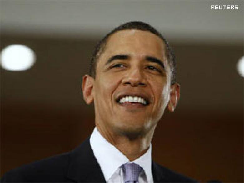 Obama says Washington not trying to contain China