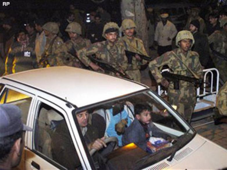 10 killed in bomb attacks on Shias in Pak cities