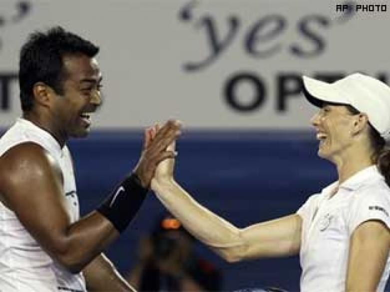 Paes, Black win Aus Open mixed doubles