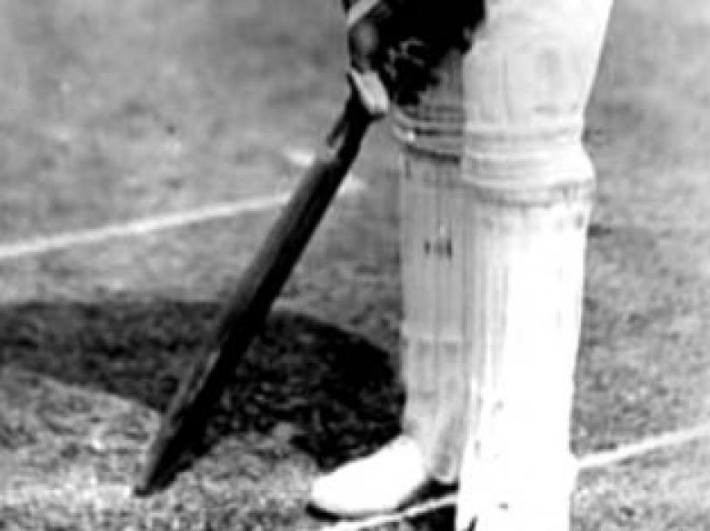 Ranjitsinhji's cricket bat, antiques worth Rs 4 cr stolen