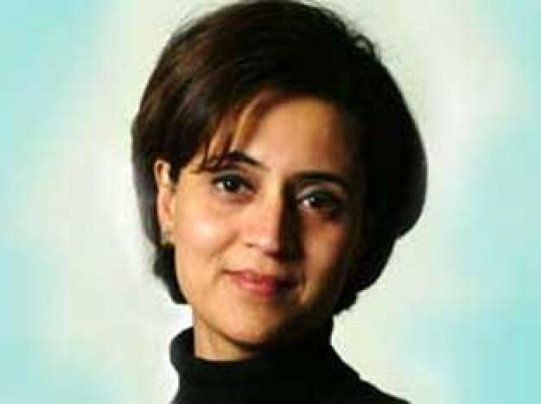 <a href='http://features.ibnlive.in.com/chat/view/354.html'>View Chat: With Sagarika on freedom of expression</a>