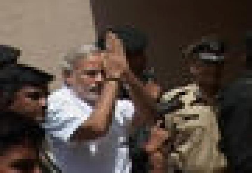 Guj governor returns Modi's mandatory voting bill