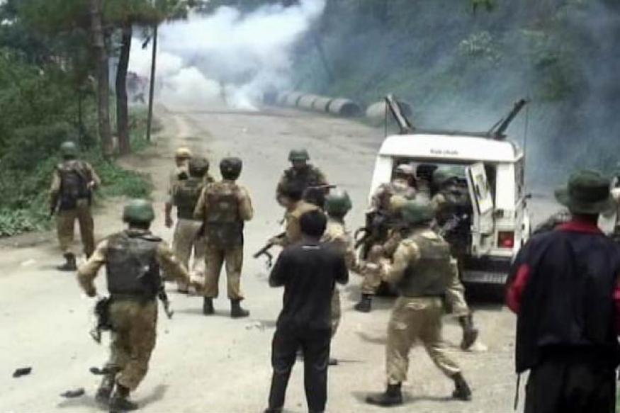 Baichung Bhutia calls for peace in Manipur