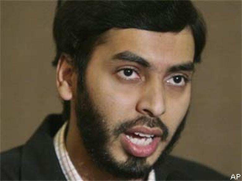 UK: Haneef sues Oz govt for unlawful arrest