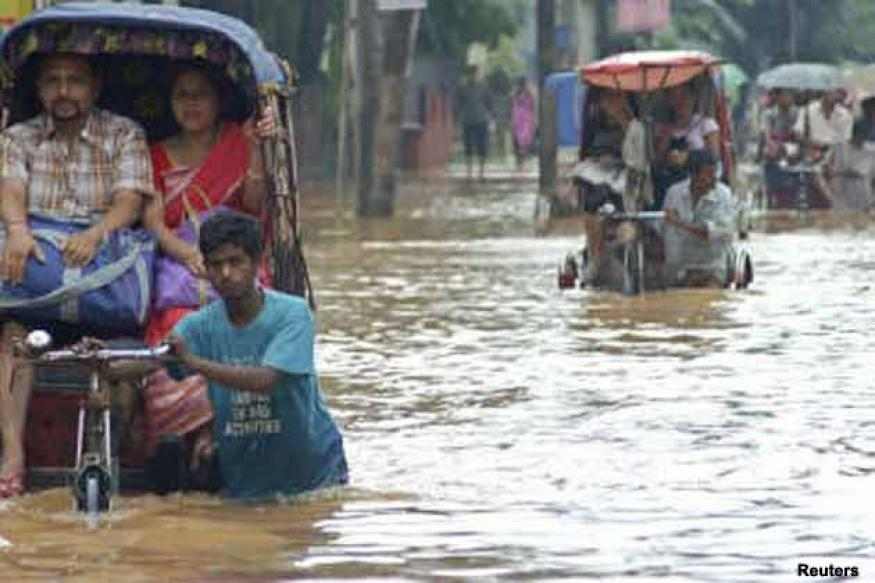 Heavy rains wreak havoc in north India, six die