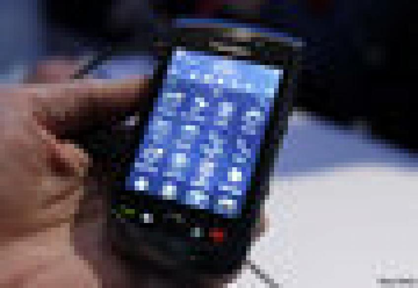 BlackBerry stock loses $ 2.7 bn as Indonesia joins ban demand