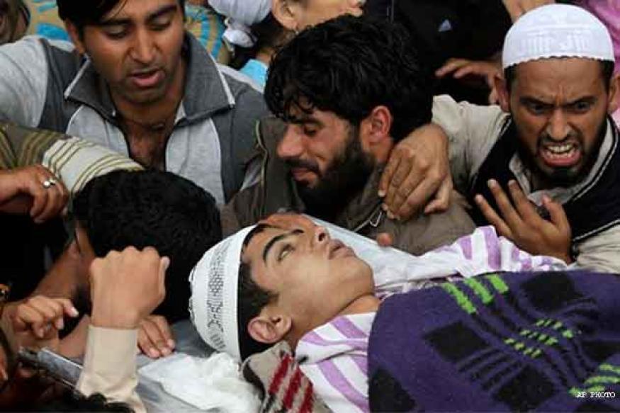 Teen dies in Kashmir, death toll reaches 64