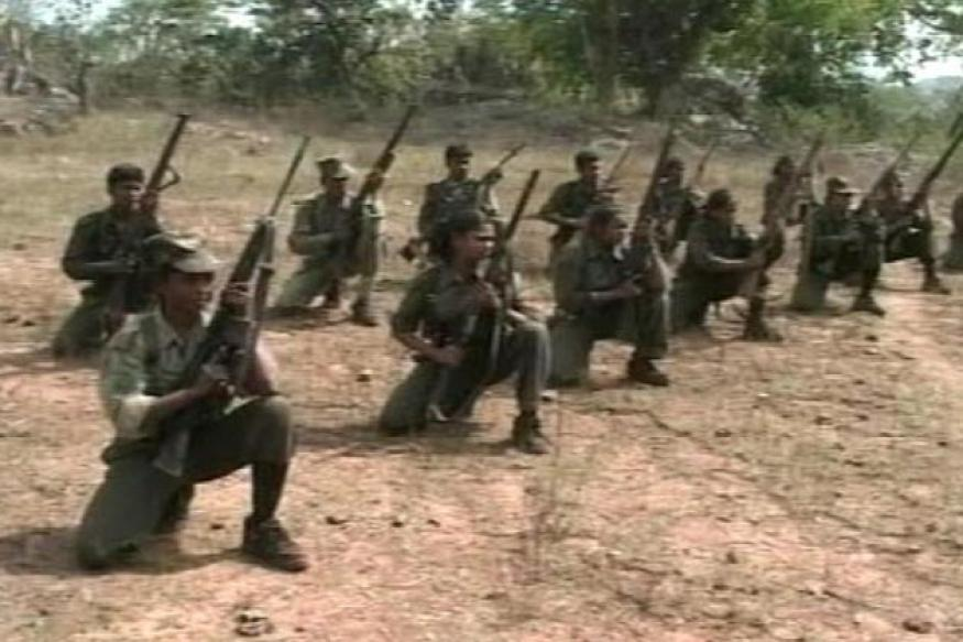 CRPF man, 2 Naxals killed in J'khand encounter