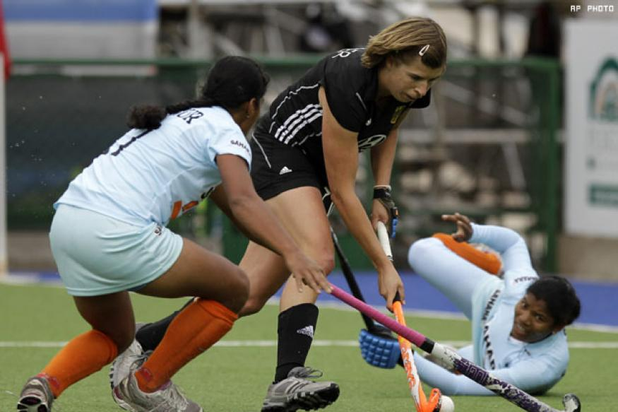 India lose again in women's hockey WC