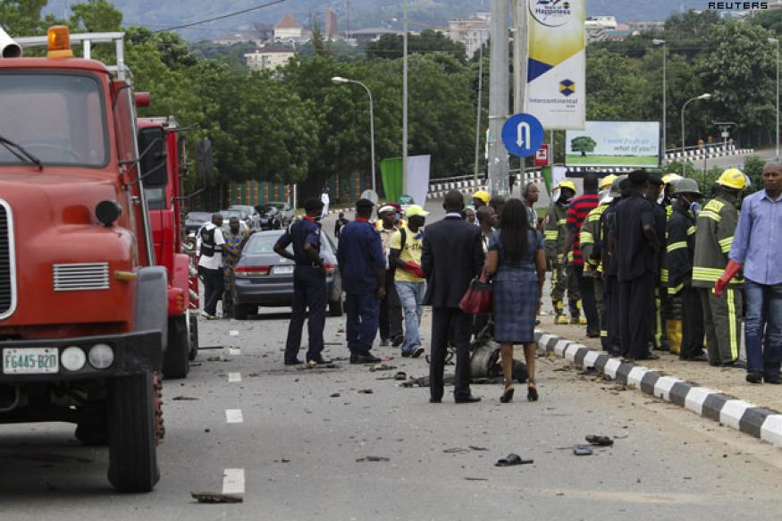 15 killed in bombing at Nigerian I-day parade