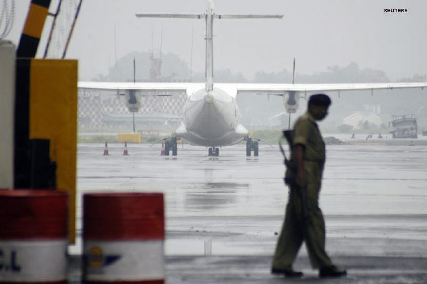 Flight makes emergency landing after bomb threat