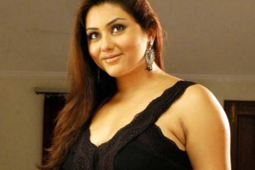 Attempt to kidnap Tamil actress Namitha foiled