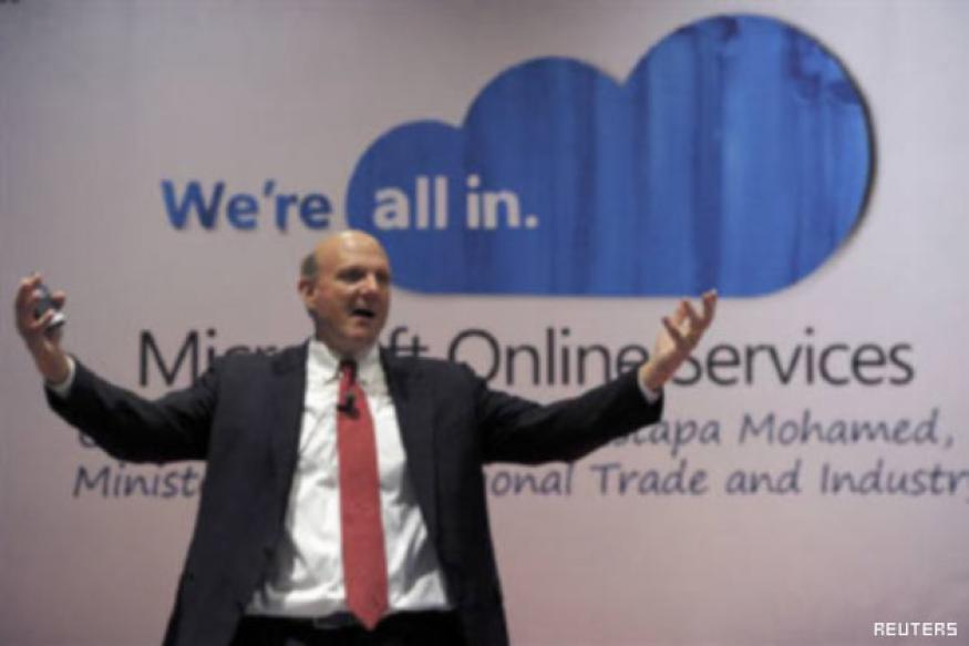 Microsoft CEO bonus curbed for Kin, tablet failures