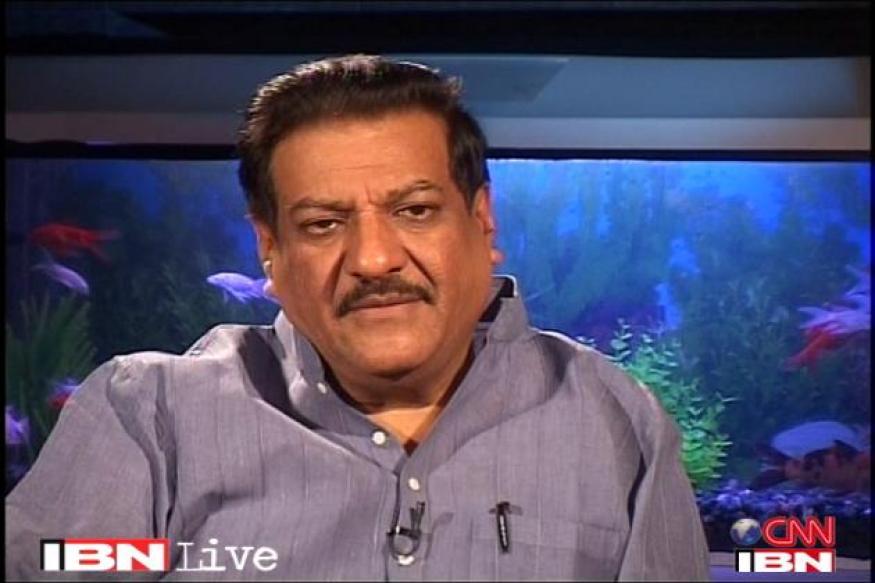 Anna's MMRDA fast well-handled by govt: Chavan